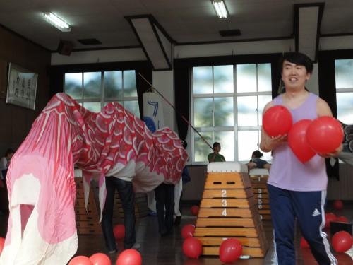 2012年5月京都で行われた荒川医、ゲラ・パタシュリ、サージ・チェレプニンによるパフォーマンス